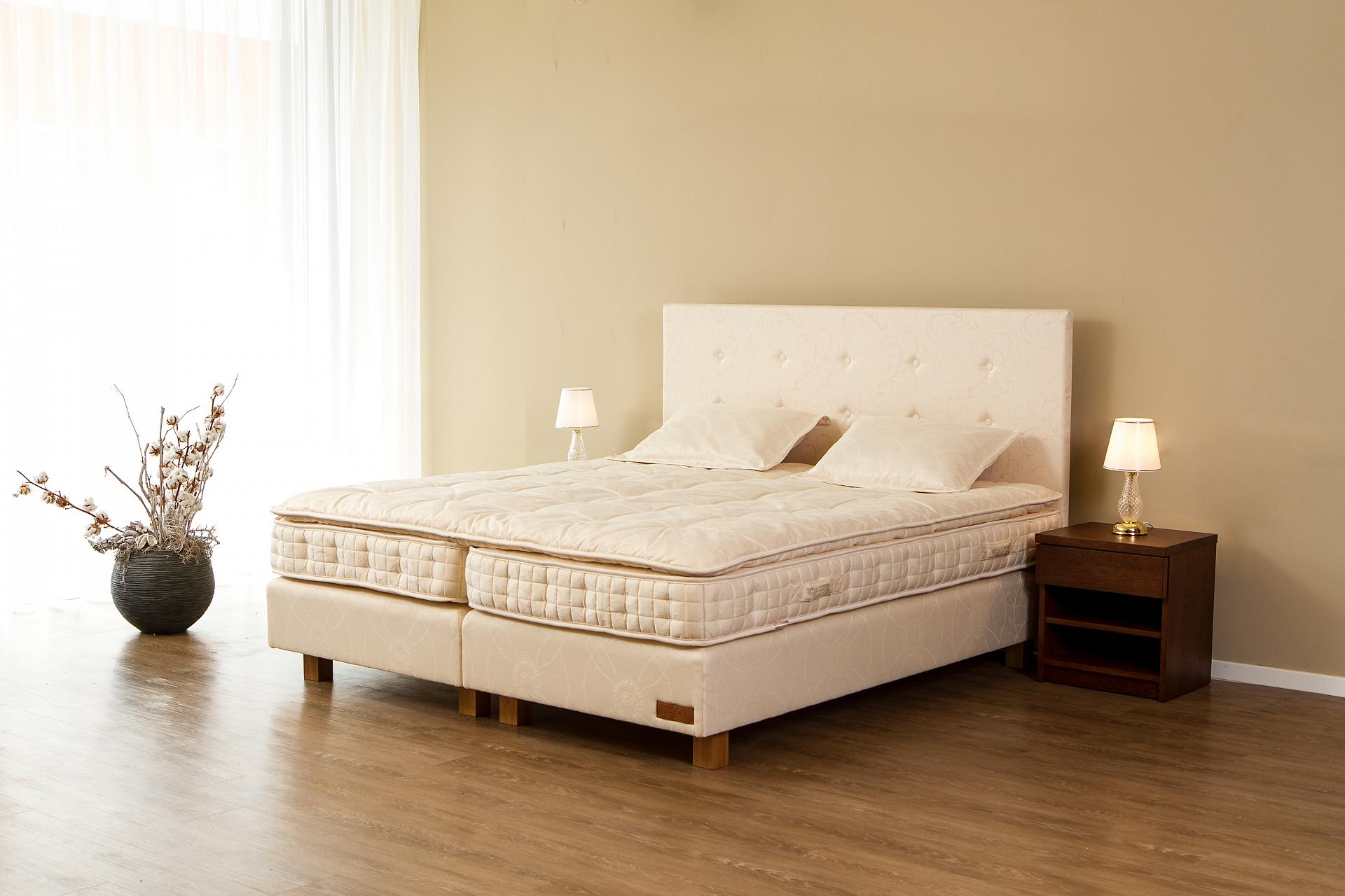 Bed Lacerta II